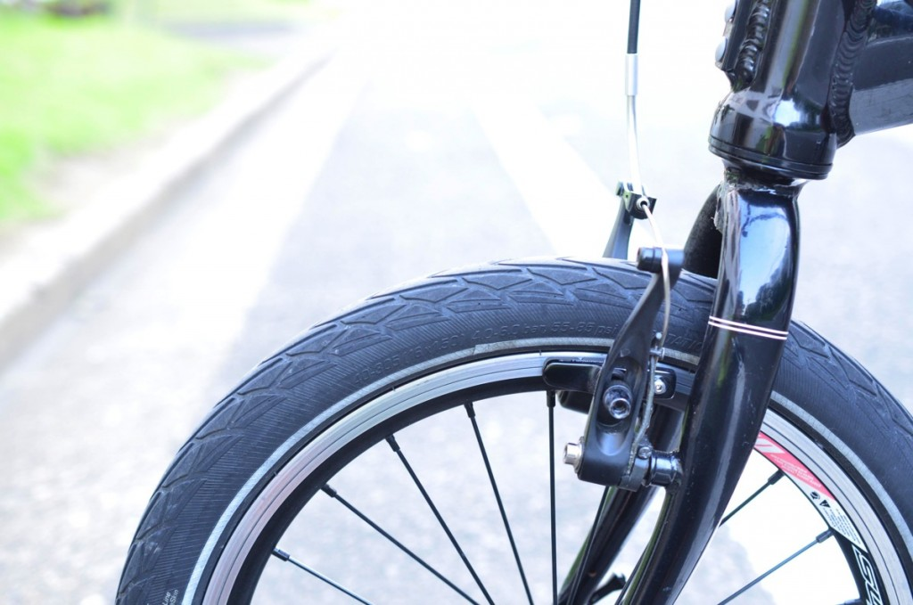 折りたたみ自転車DAHONにぴったりのタイヤSchwalbe Marathon Racerの空気圧をいろいろと変えて乗ってみた