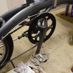 雨の後に47分で折りたたみ自転車を掃除する方法