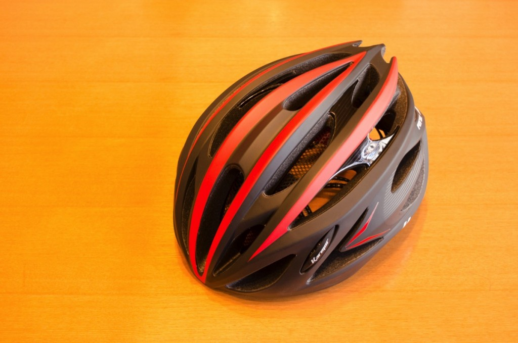 【ヘルメットの選び方】日本人の頭にピッタリフィットするKarmor feroxにしました!